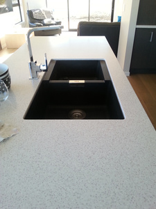 Acrylic Bench Top with an Black Granite Sink